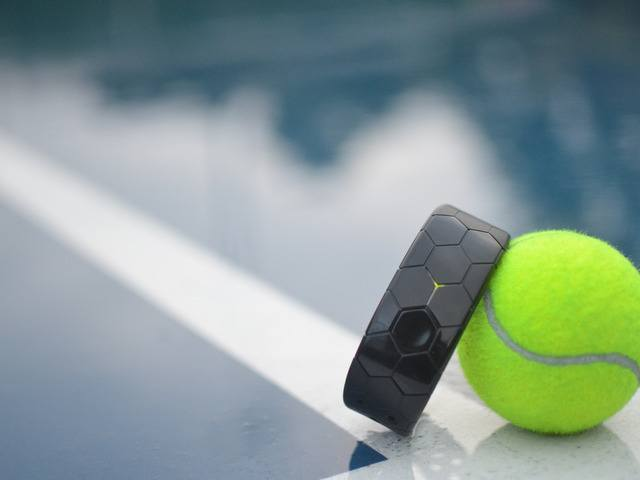 Smash Smart Wearable For Tennis