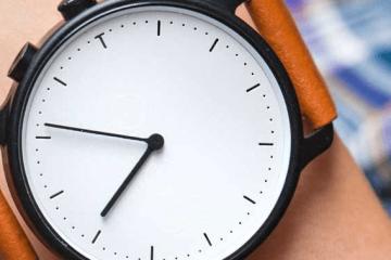 Nevo Solar Smartwatch & Fitness Tracker