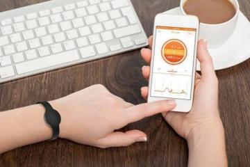 Fitmotion Activity Tracker: Step / Calorie Counter + Sleep Monitor