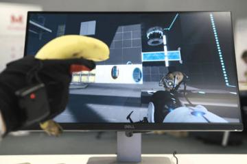 Manus Machina VR Gloves In Action