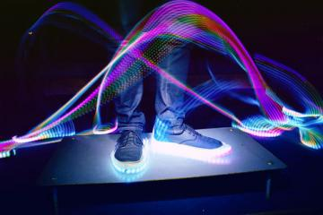 Blinky.Shoes: Reactive, Customizable LED Strips for Shoes