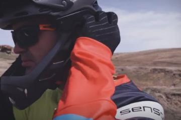 uvex jakkyl hde Helmet for Enduro Riders