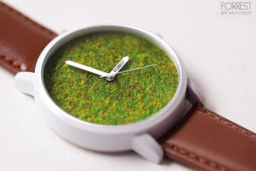 FORREST Grass Watch w/ Artificial Grass Dial