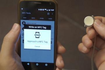 Lokett: Smartphone Memory Necklace + NFC