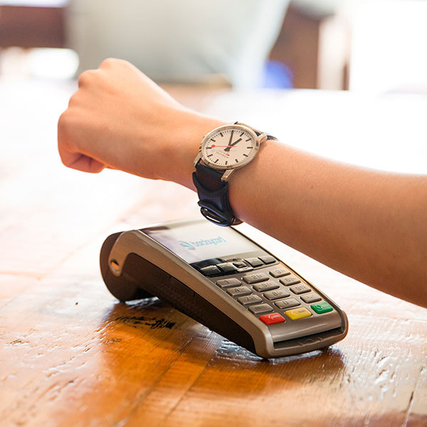 bPay-loop-Pay-with-Your-Fitness-Band