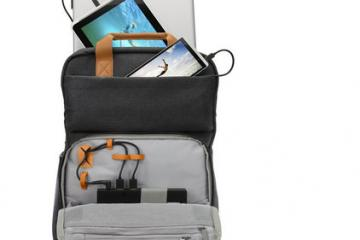 HP Powerup Backpack Charges Your Laptop, Tablet, Smartphone