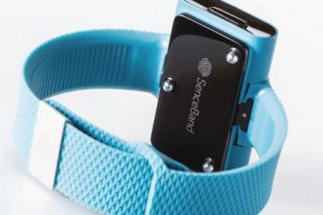 Sence Emotion-Tracking Smart Bracelet