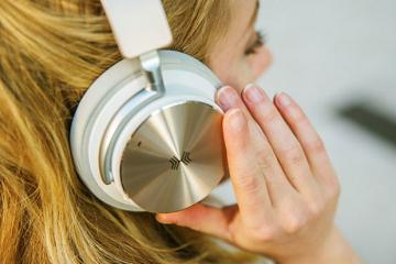 Ximalaya: Smart 3D Noise Cancelling Headphones