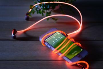 Night Rhythm Neon Glow Headphones