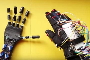 DIY: Robotic Hand with Wireless