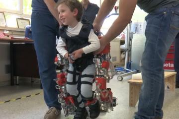 CSIC' Child Exoskeleton for Spinal Muscular Atrophy