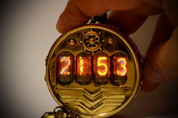Steampunk Pocket Nixie Watch