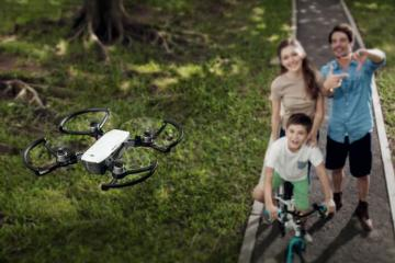 Spark: Mini Drone Compatible with DJI Goggles