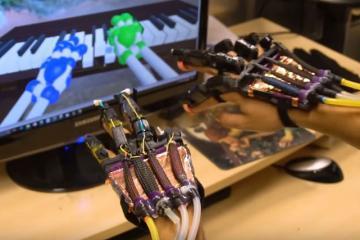 Soft Robotics Glove for Virtual Reality