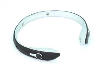 NUGUNA Neckband for People with Hearing Loss