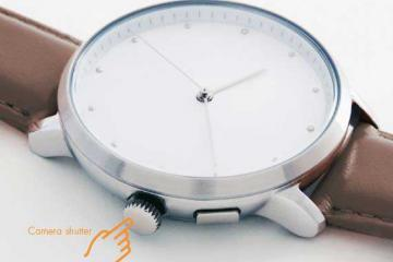 LEO Connected Analog Watch