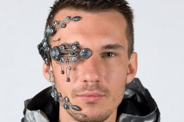 Bionic Head System with LEDs for Your Parties
