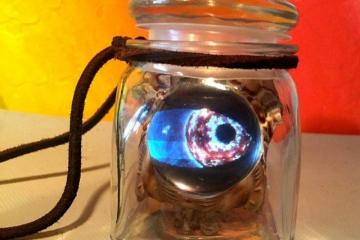 DIY: Eye of Newt Halloween Pendant with Teensy