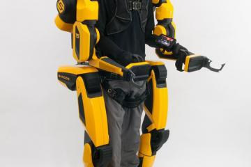 Sarcos Guardian XO Max: All-Electric Robotic Exoskeleton That Gives Wearers Superpower