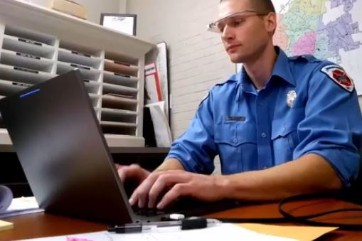 Firefighter Coding Google Glass App To Save Lives