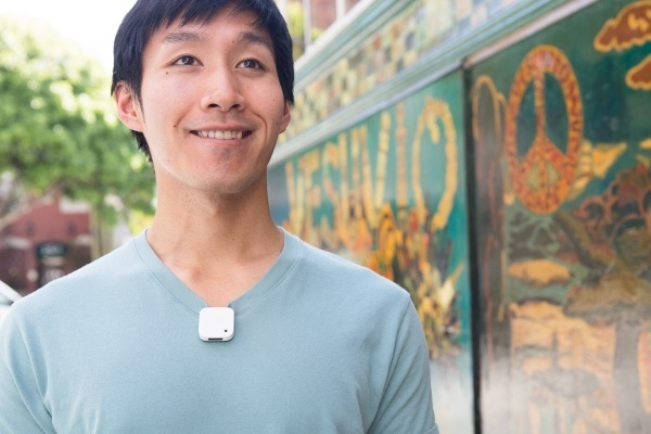 Narrative Clip: Wearable Camera To Capture Your Story