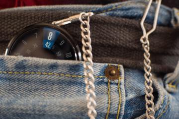 Moto 360 Pocketwatch Adapter