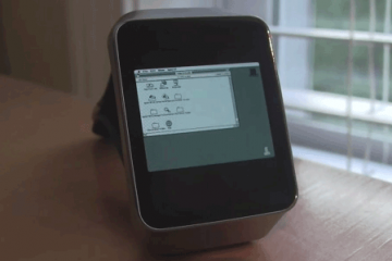 Macintosh II on Android Wear Watches