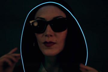 EL Wire – Light Up Hoodie