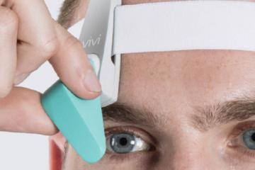 Vivi: Head Mounted Wearable for Clinicians