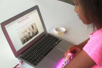 cStyle: Programmable Bracelet