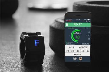 FORM Collar: Smart Lifting Tracker