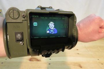 DIY: Pip-boy 3000 Mark II w/ Flashlight & Laser