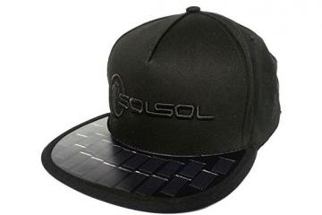 SOLSOL Solar Hat Charges Your Gadgets