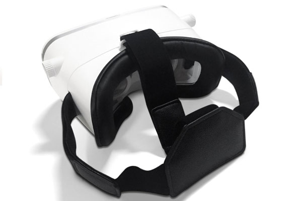 Teleport-Virtual-Reality-Headset