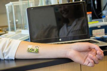 Flexible Electronic Skin Patch To Monitor Alcohol Level from Sweat
