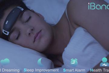 iBand+: Bluetooth EEG Headband for Lucid Dreaming