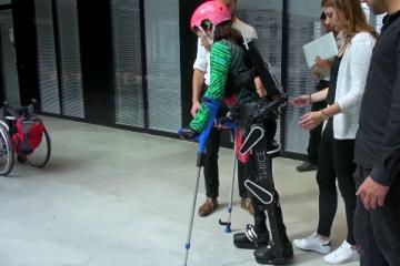 TWIICE Exoskeleton Lets Paraplegics Walk, Climb Steps