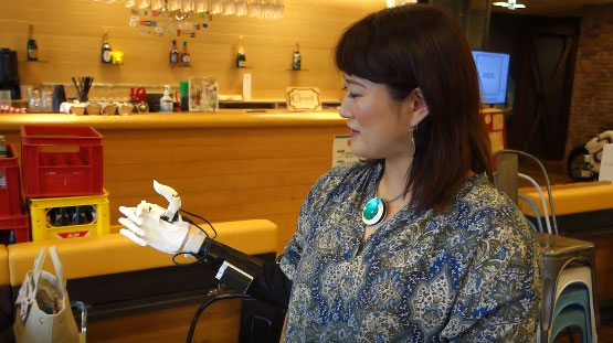 HACKberry Robotic Arm You Can 3D Print & Customize - Cool Wearable