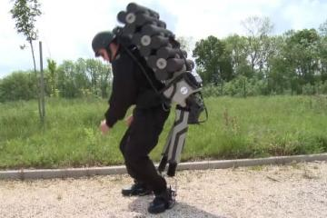HERCULE V4: Exoskeleton for Carrying Heavy Loads