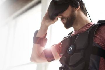 Hardlight VR Suit with 16 Haptic Feedback Zones