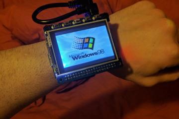 DIY: Windows 98 Wristwatch Using Raspberry Pi