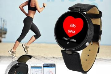 inDigi Bluetooth Smartwatch with Siri Control