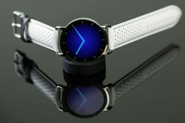 Haikara: Smart Watch for the Fashion Savvy