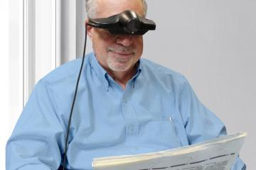 Jordy: Wearable Device for Legally Blind People