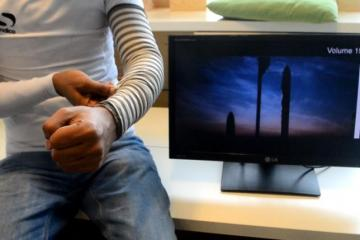 SmartSleeve: Smart Textile Senses Gestures & Deformations