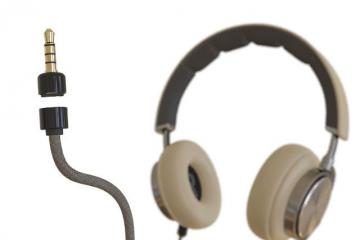 JackSafe Magnetic Audiojack Protects Your Headphones