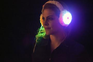 DIY: Heated Earmuffs with LEDs