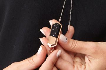 Talsam Smart Jewelry Connects You To Your Loved Ones