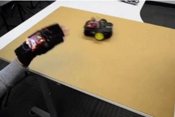 DIY: Wireless Gesture-Controlled Robot