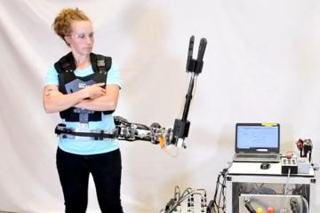 Createk Third-arm: Supernumerary 3DOF Robotic Arm